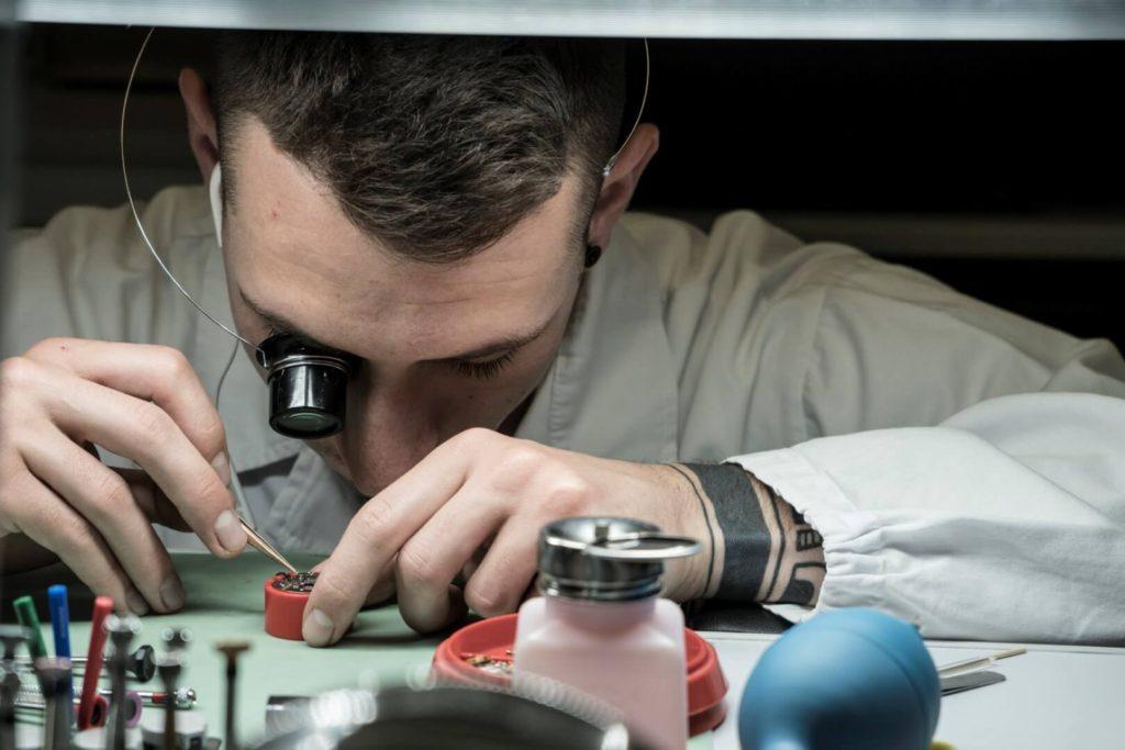 laboratorio mazzucchi riparazione orologi milano (26)
