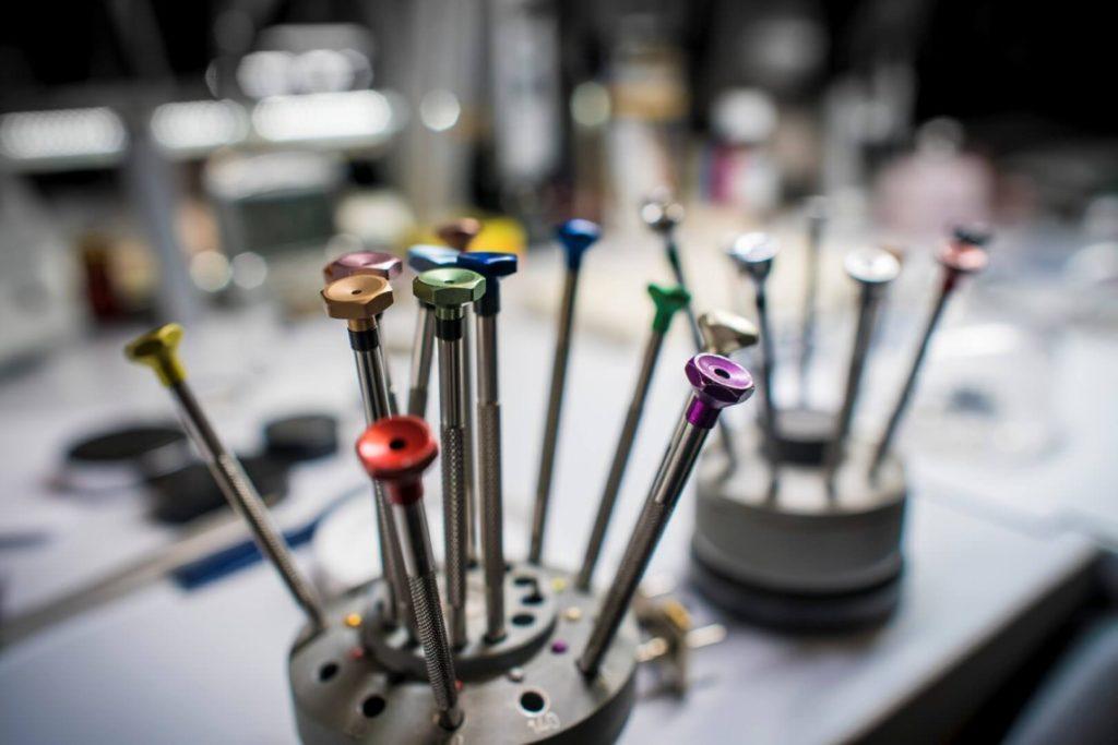 laboratorio mazzucchi riparazione orologi milano (9)